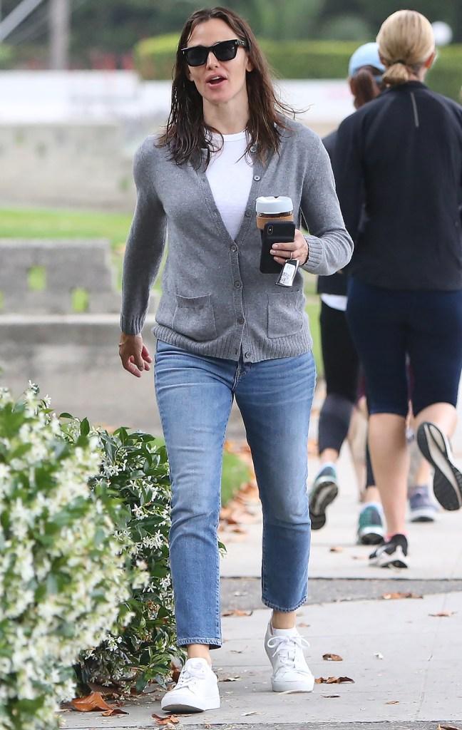 Jennifer Garner, white sneakers, gray cardigan, mom jeans, Jennifer Garner out and about, Santa Monica, Los Angeles, USA - 04 Jun 2019