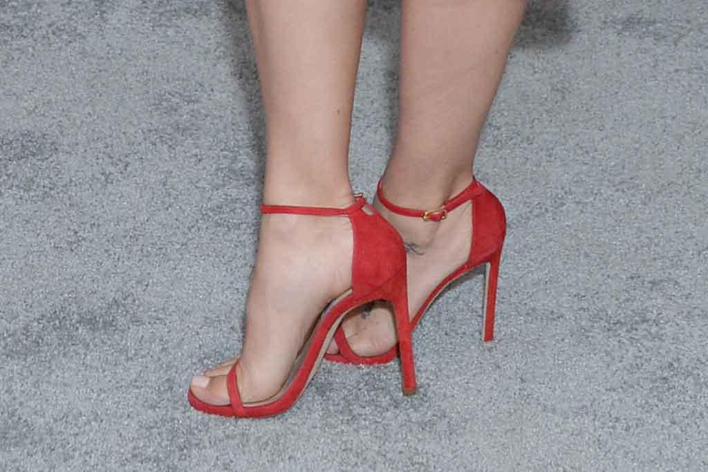 Jenna Dewan, stuart weitzman sandals, red shoes, celebrity style, red carpet, fox party