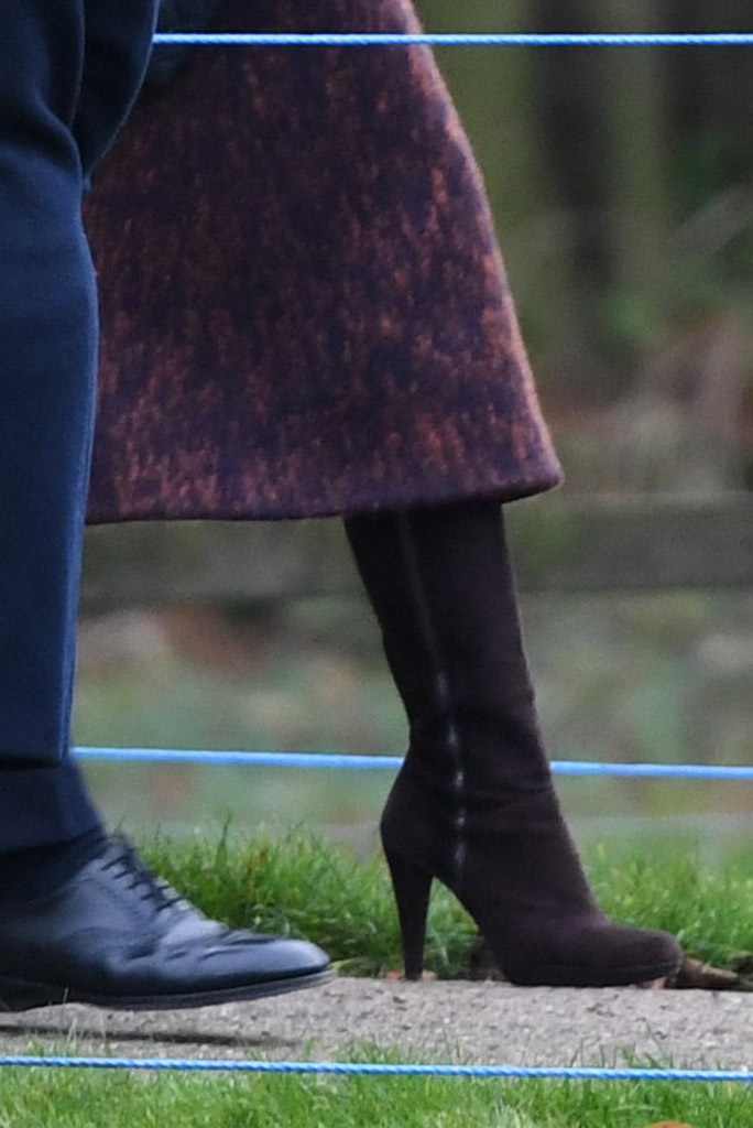 Kate Middleton, stuart weitzman, boots,