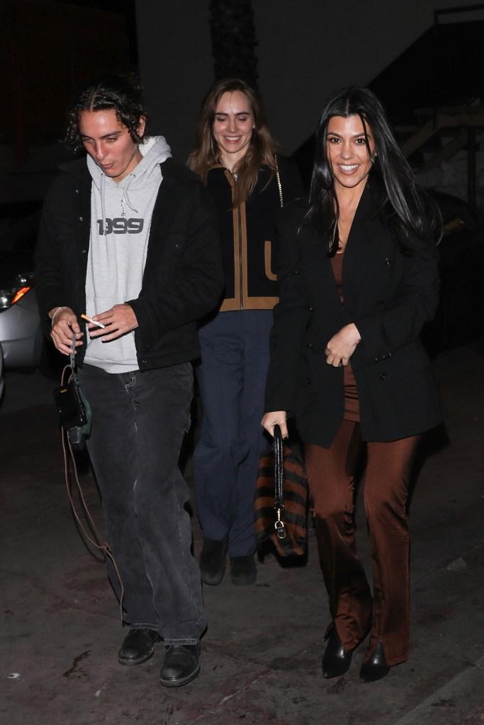 Kourtney Kardashian is seen leaving with friends after dinner at Matsuhisa including Suki Waterhouse and her date. 08 Jan 2020 Pictured: Kourtney Kardashian. Photo credit: MEGA TheMegaAgency.com +1 888 505 6342 (Mega Agency TagID: MEGA581051_007.jpg) [Photo via Mega Agency]