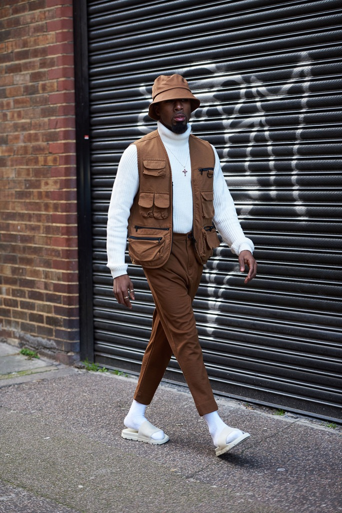 Street Style, socks with sandals, bucket hat, street, lfw, Street Style, Autumn Winter 2020, London Fashion Week, UK - 04 Jan 2020