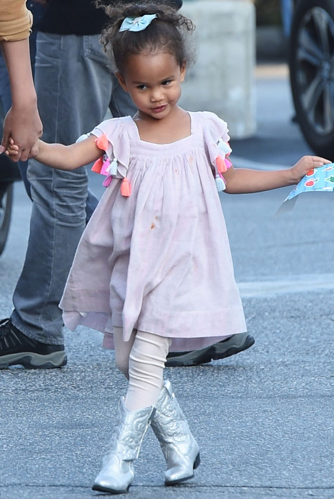 Luna Stephens, western boots, silver boots, chrissy teigen daughter, celebrity kids, pink dress
