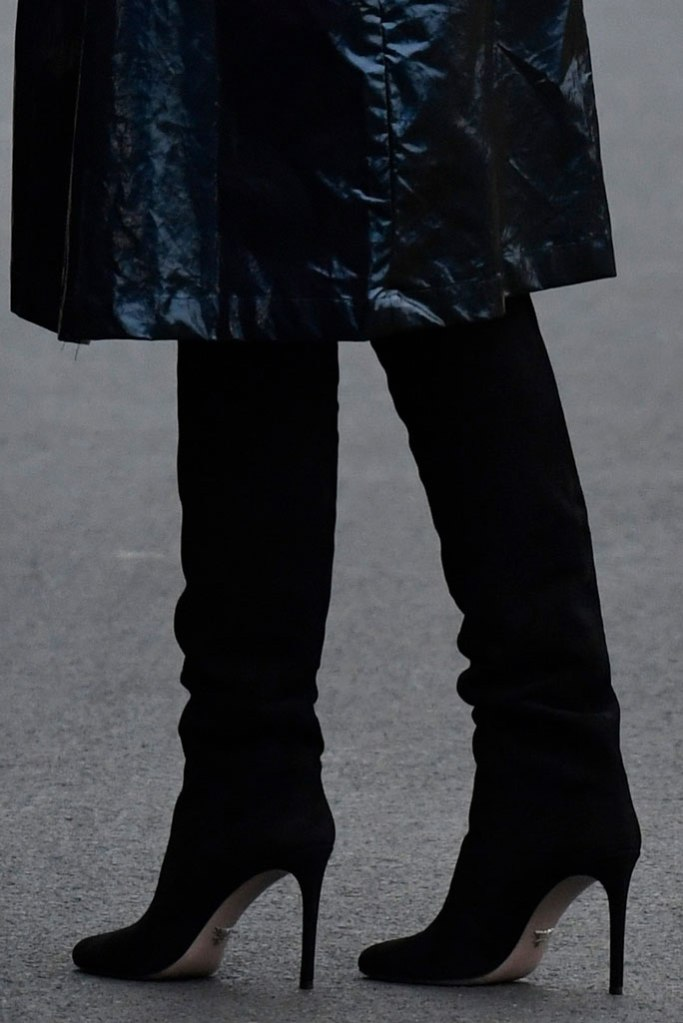 Melania Trump, black boots, stilettos, suede boots, celebrity style, flotus, white house, january 2020