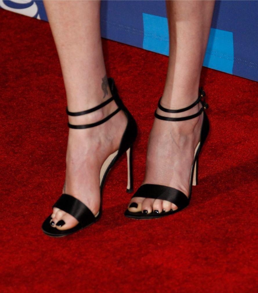 charlize theron, palm springs international film festival, dior, black heels