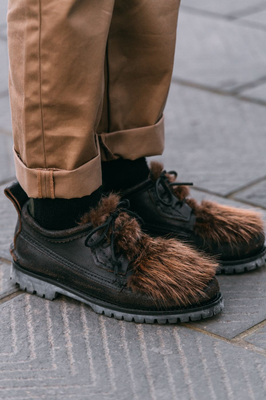 pitti uomo, street style, fashion, men's, fall 2020, shoes, footwear, shoe style, streetstyle
