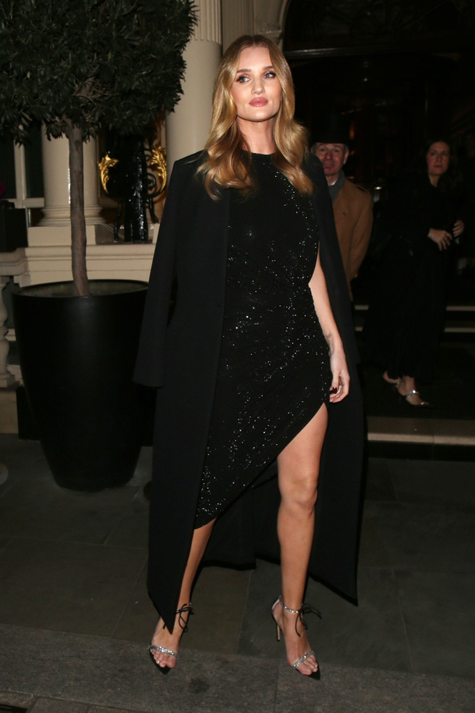 Rosie Huntington-WhiteleyHourglass launch party, Connaught Hotel, London, UK - 22 Jan 2020Wearing Alexandre Vauthier, Shoes by Gianvito Rossi, rosie hw, little black dress, sparkly sandals,Rosie Huntington-WhiteleyHourglass launch party, Connaught Hotel, London, UK - 22 Jan 2020Wearing Alexandre Vauthier, Shoes by Gianvito Rossi