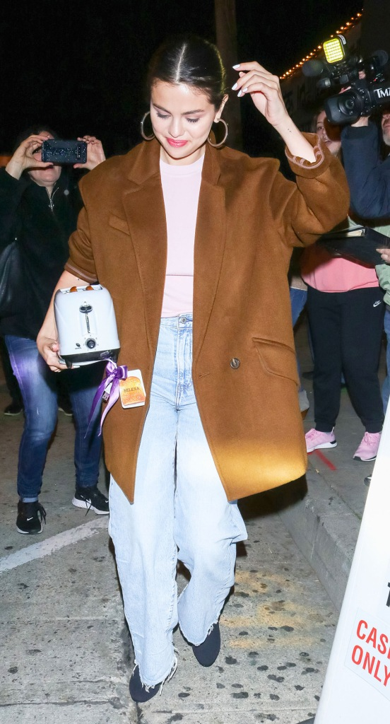 Selena Gomez, pink shirt, brown blazer, mom jeans, Selena Gomez out and about, Los Angeles, USA - 12 Jan 2020