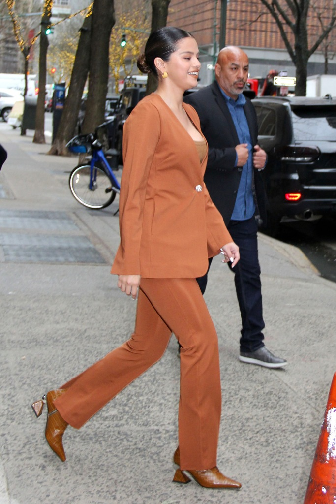 Selena Gomez, yuul yie boots, brown boots, sculptural heels, celebrity style, street style, nyc, gauge 81 pantsuit, orange pantsuit, orange aesthetic, 'Live With Kelly & Ryan' TV show, New York, USA - 13 Jan 2020Selena Gomez'Live With Kelly & Ryan' TV show, New York, USA - 13 Jan 2020