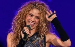 Shakira, performance style, celebrity fashion