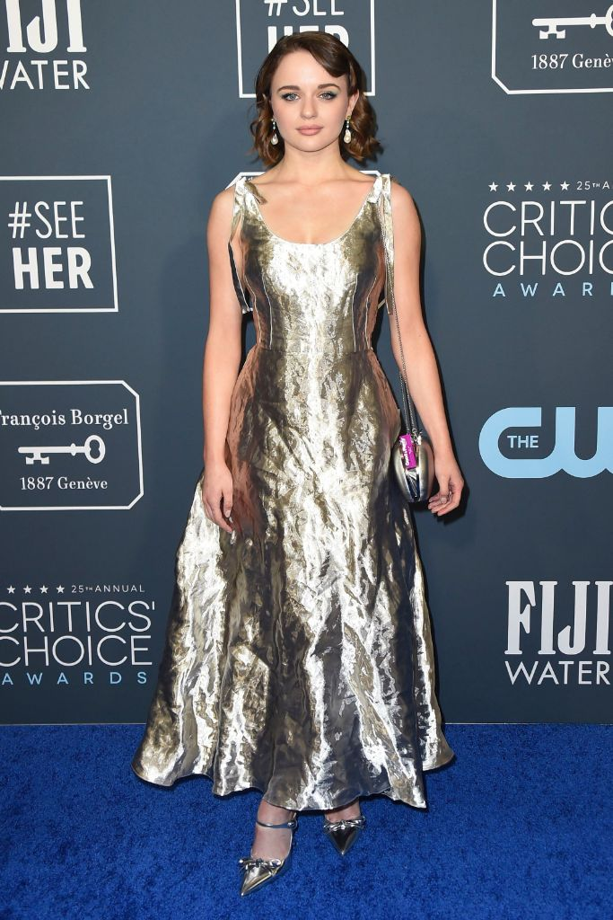 Joey King, Critcs' Choice Awards, Red Carpet, The Act, metallic dress