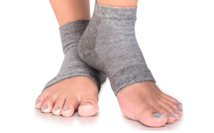 SILKEase Moisturizing Socks