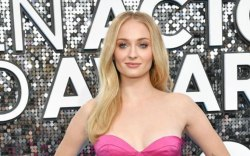 Sophie Turner, 2020, red carpet, SAG
