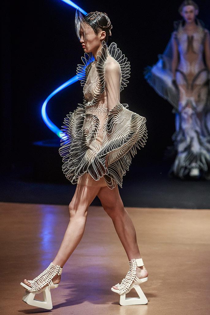 Iris Van Herpen haute couture, spring '20, Paris Couture Week.