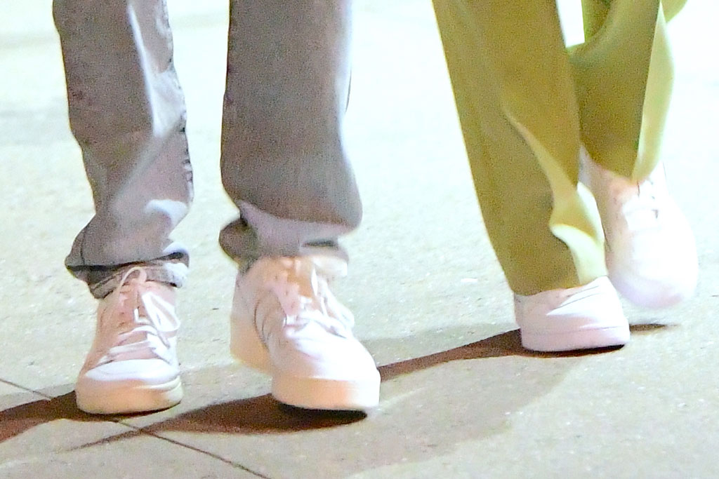 Zayn Malik, gigi hadid, celebrity style, street style, nyc, white sneakers