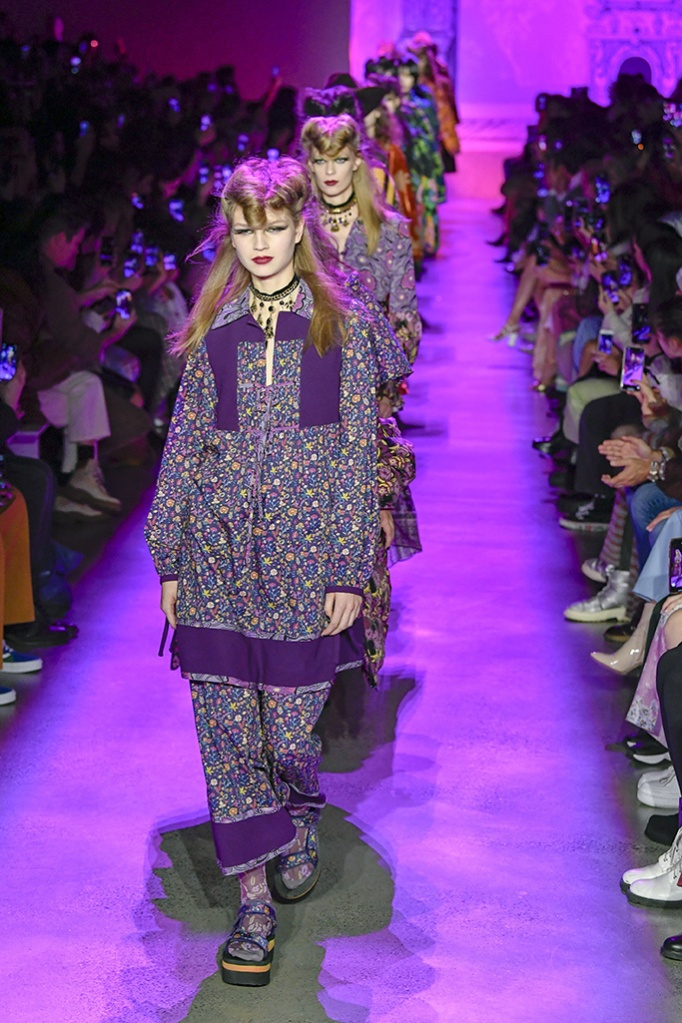 Anna Sui, Fall/Winter 20, Teva sandals, nyfw