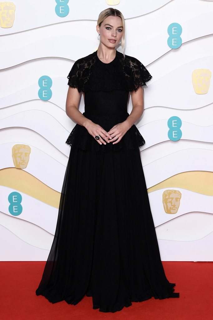 Margot Robbie, chanel, black dress, celebrity style, 73rd British Academy Film Awards, Arrivals, Royal Albert Hall, London, UK - 02 Feb 2020Wearing Chanel Same Outfit as catwalk model *10531183ca