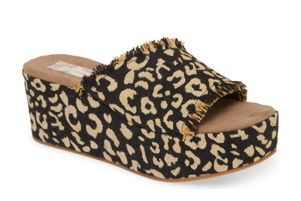 band of gypsies cheetah sandal
