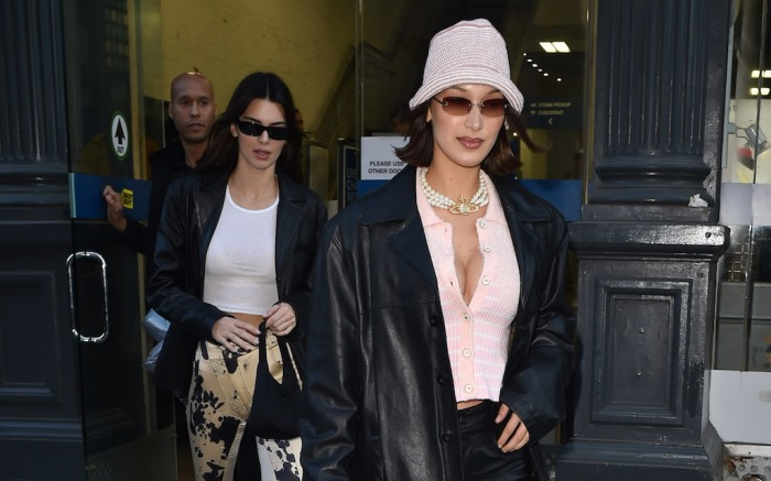 Kendall Jenner & Bella Hadid are seen out at Bubbys restaurant then shopping at Best best in Soho.Pictured: Bella Hadid,Kendall JennerRef: SPL5149123 140220 NON-EXCLUSIVEPicture by: New Media Images / SplashNews.comSplash News and PicturesLos Angeles: 310-821-2666New York: 212-619-2666London: +44 (0)20 7644 7656Berlin: +49 175 3764 166photodesk@splashnews.comWorld Rights