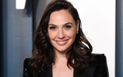 Gal Gadot, celebrity style, red carpet,