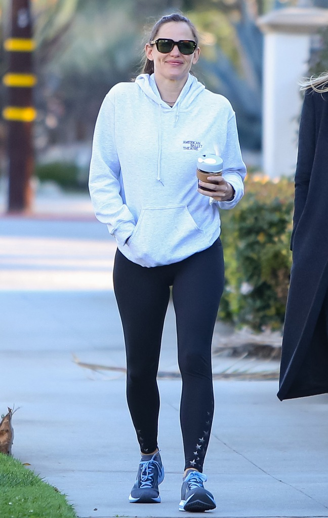 Jennifer Garner, spanx leggings, brooks levitate 3, running sneakers, star leggings, Jennifer Garner out and about, Los Angeles, USA - 04 Feb 2020