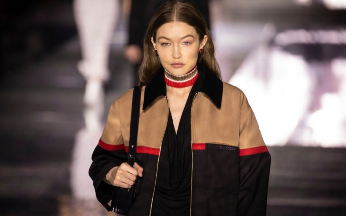 gigi hadid, burberry fall 2020