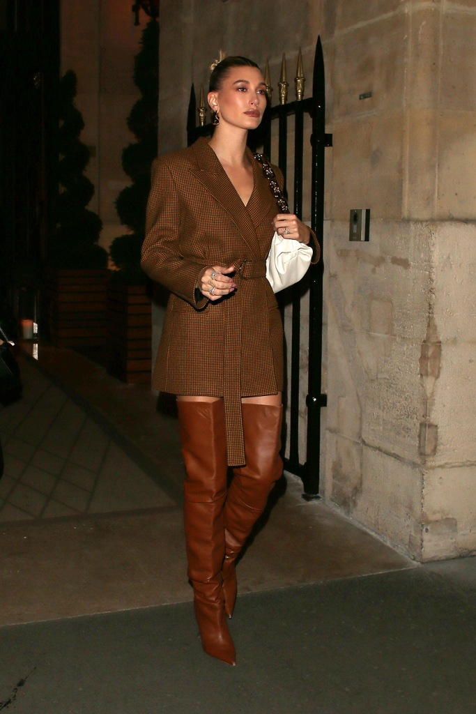hailey baldwin, mulberry blazer, minidress, amina muaddi boots, thigh high boots, bottega veneta bag, Hailey Bieber going out for dinnerCelebrities out and about, Fall Winter 2020, Paris Fashion Week, France - 26 Feb 2020Wearing Mulberry, Shoes By Amina Muaddi, Bag By Bottega VenetaHailey Bieber going out for dinnerCelebrities out and about, Fall Winter 2020, Paris Fashion Week, France - 26 Feb 2020Wearing Mulberry, Shoes By Amina Muaddi, Bag By Bottega Veneta
