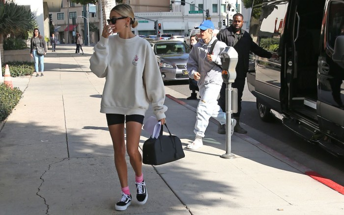 Justin Bieber and wife hailey Bieber out on valentines day in Beverly Hills Pictured: Justin Bieber,Hailey Bieber,Justin Biebe,hailey BieberRef: SPL5149215 140220 NON-EXCLUSIVEPicture by: ENT / SplashNews.comSplash News and PicturesLos Angeles: 310-821-2666New York: 212-619-2666London: +44 (0)20 7644 7656Berlin: +49 175 3764 166photodesk@splashnews.comWorld Rights, No France Rights, No Italy Rights, No Japan Rights