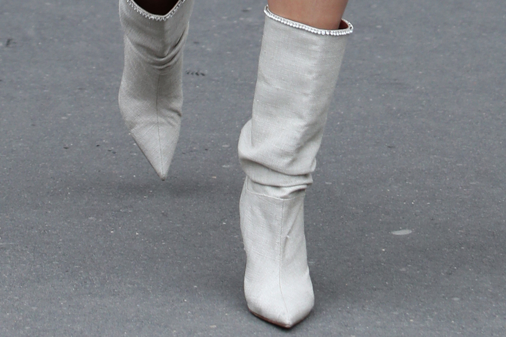 hailey baldwin, paris fashion week, pfw, white, all white, monochrome, white boots, skirt
