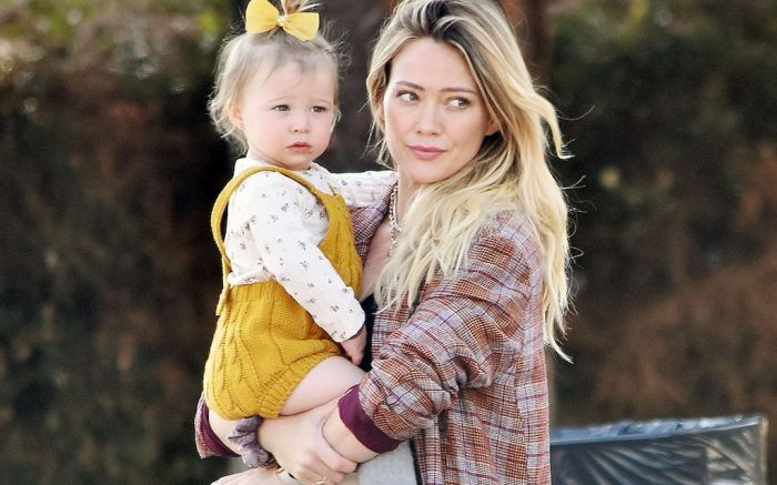 Hilary Duff and daughter Banks Violet BairHilary Duff out and about, Los Angeles, USA - 14 Feb 2020