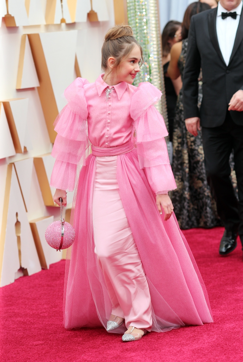 julia butters, oscars 2020, pink, once upon a time in hollywood