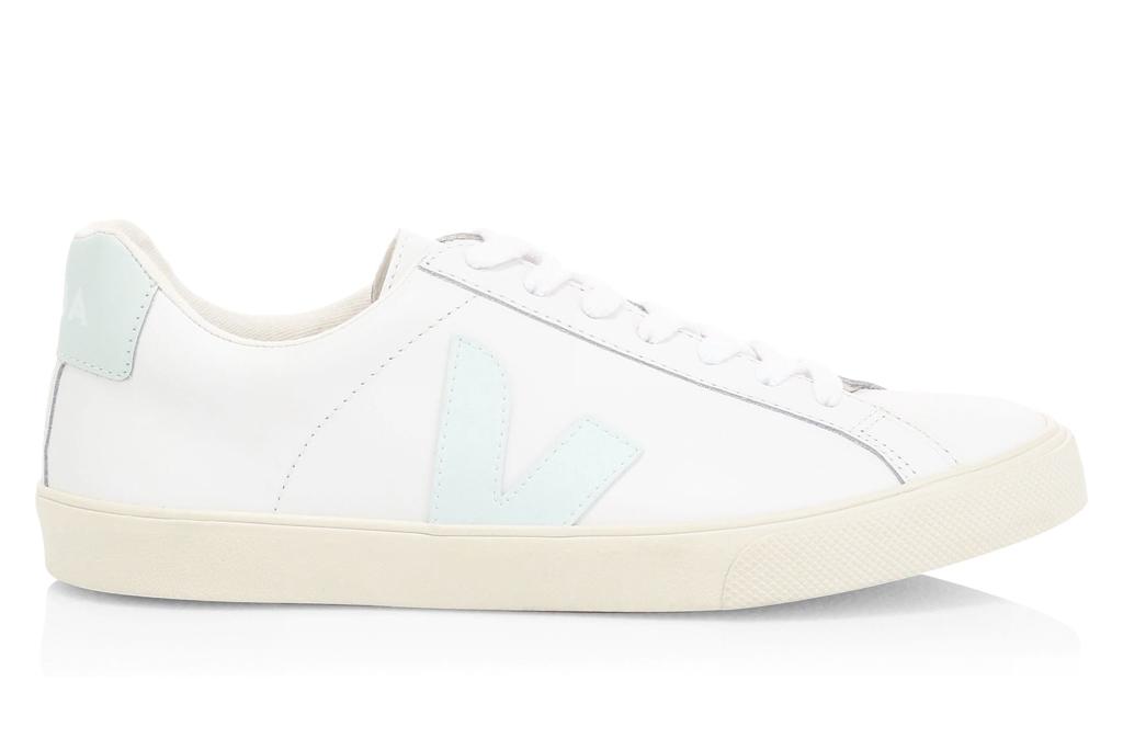 veja low-top sneaker