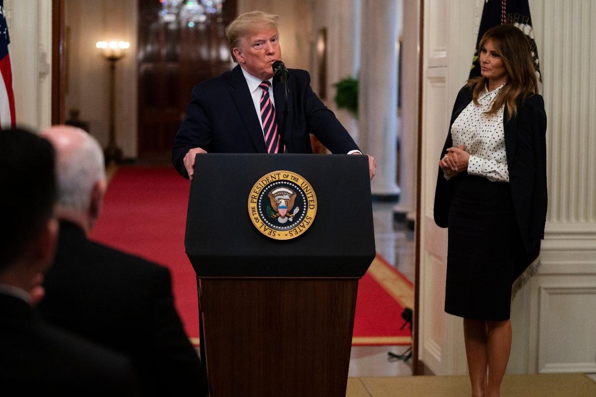 melania trump, donald trump, white house, impeachment, black, white