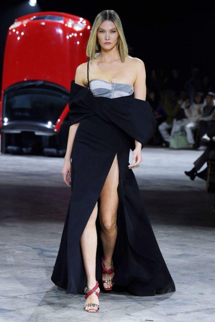 Karlie Kloss , runway, off-white, pfw