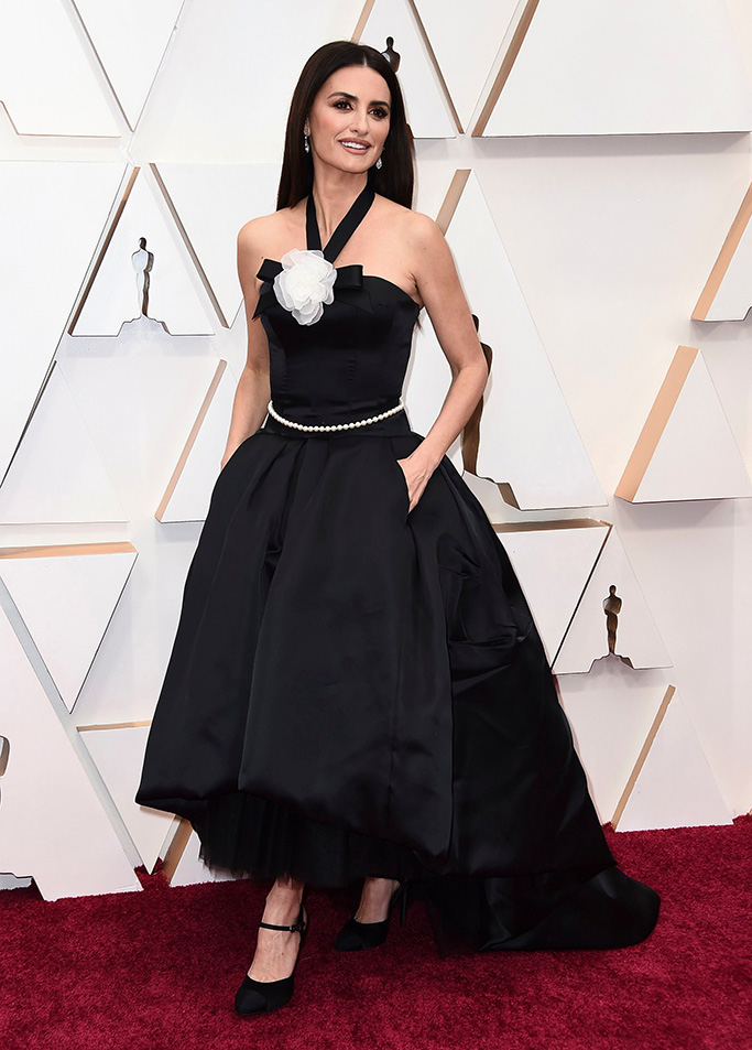 Penelope Cruz arrives at the Oscars, at the Dolby Theatre in Los Angeles92nd Academy Awards - Arrivals, Los Angeles, USA - 09 Feb 2020