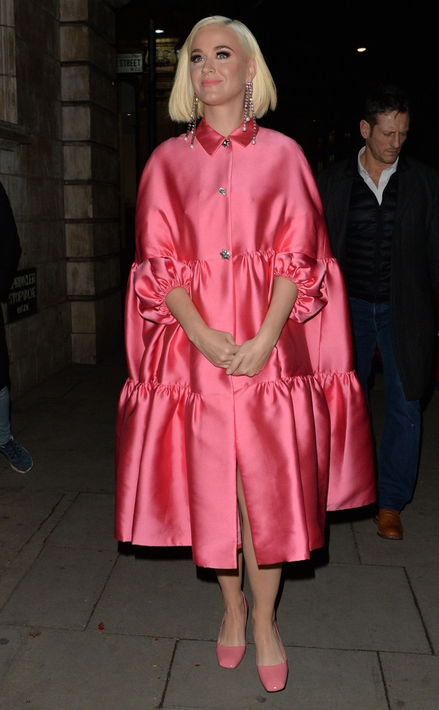 Katy Perry, lela rose resort 2020, cape, dress, prada pumps, square toes, celebrity style, Katy Perry out and about, London, UK - 03 Feb 2020Wearing Lela RoseKaty PerryKaty Perry out and about, London, UK - 03 Feb 2020Wearing Lela Rose