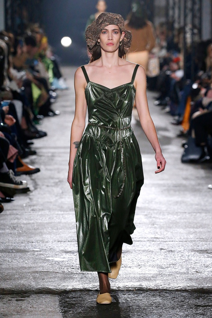square toes, pumps, green dress, Model on the catwalkRejina Pyo show, Runway, Fall Winter 2020, London Fashion Week, UK - 15 Feb 2020