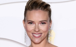 Scarlett Johansson, celebrity style, red carpet,