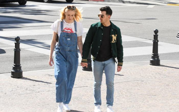 Sophie Turner and Joe Jonas are seen in Los Angeles, California.Pictured: Sophie Turner,Joe JonasRef: SPL5152846 280220 NON-EXCLUSIVEPicture by: Bauer-Griffin / SplashNews.comSplash News and PicturesLos Angeles: 310-821-2666New York: 212-619-2666London: +44 (0)20 7644 7656Berlin: +49 175 3764 166photodesk@splashnews.comWorld Rights