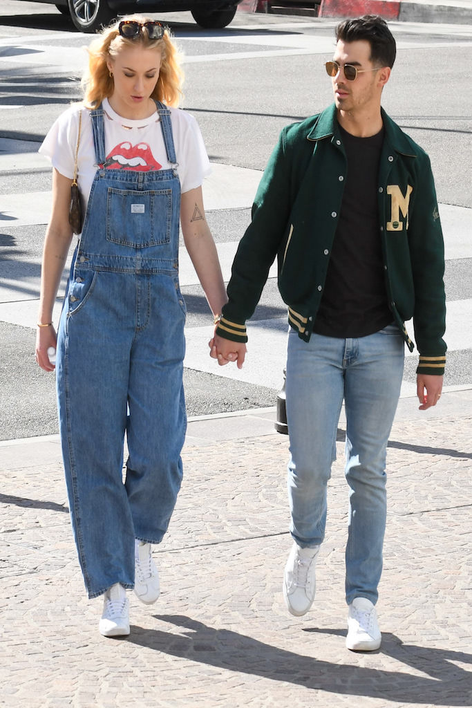 Sophie Turner and Joe Jonas are seen in Los Angeles, California. Pictured: Sophie Turner,Joe Jonas Ref: SPL5152846 280220 NON-EXCLUSIVE Picture by: Bauer-Griffin / SplashNews.com Splash News and Pictures Los Angeles: 310-821-2666 New York: 212-619-2666 London: +44 (0)20 7644 7656 Berlin: +49 175 3764 166 photodesk@splashnews.com World Rights