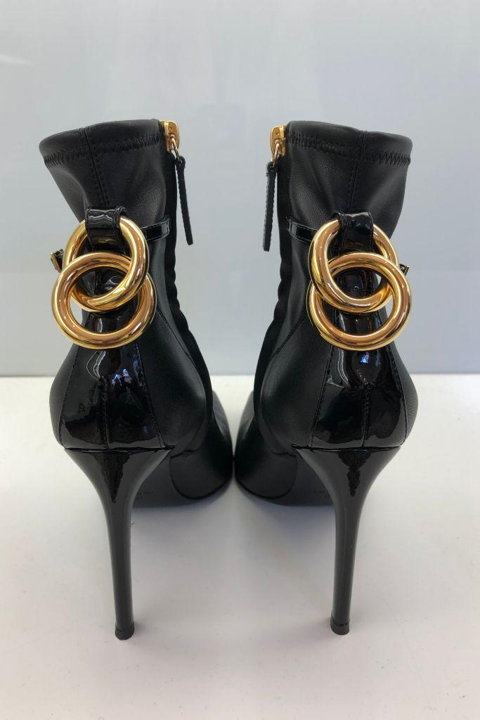 giuseppe zanotti, fall 2020, milan fashion week