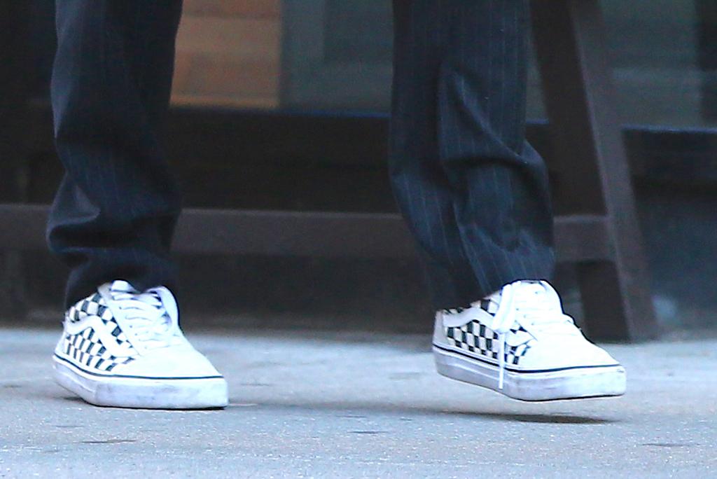 Zendaya, vans sneakers, nyc, celebrity style, street style, vans old skool