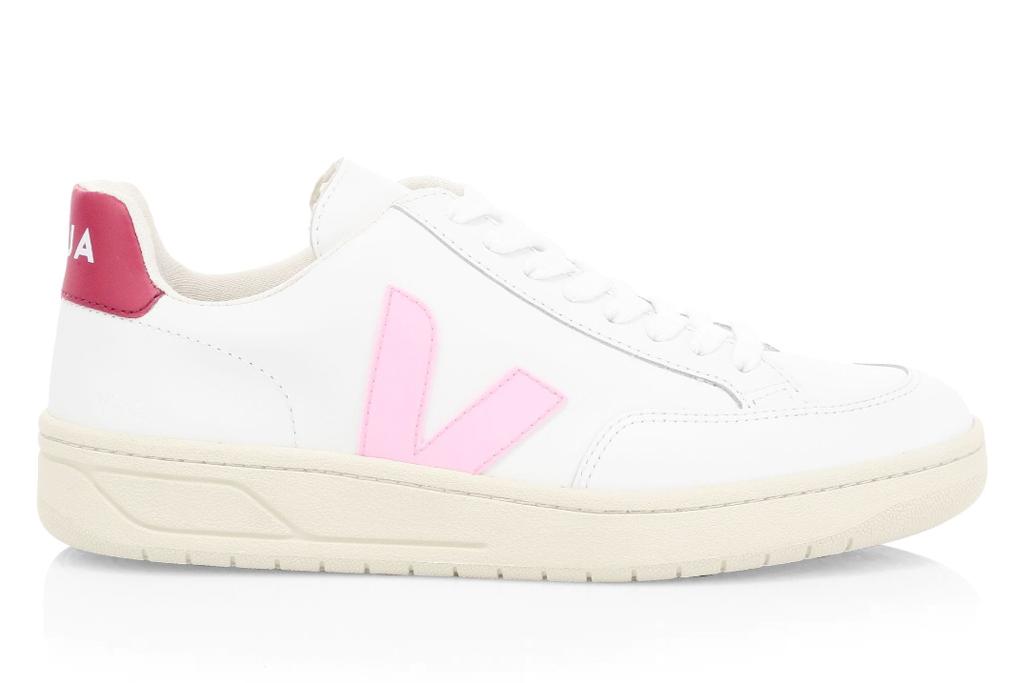 veja pink sneaker