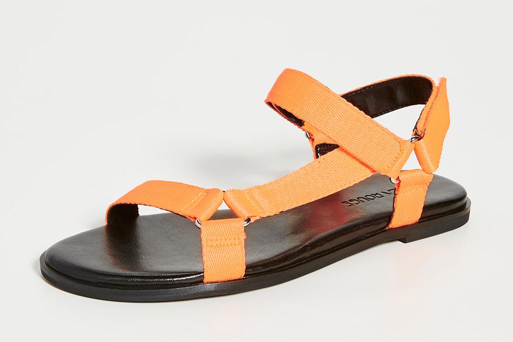 villa rouge sandals