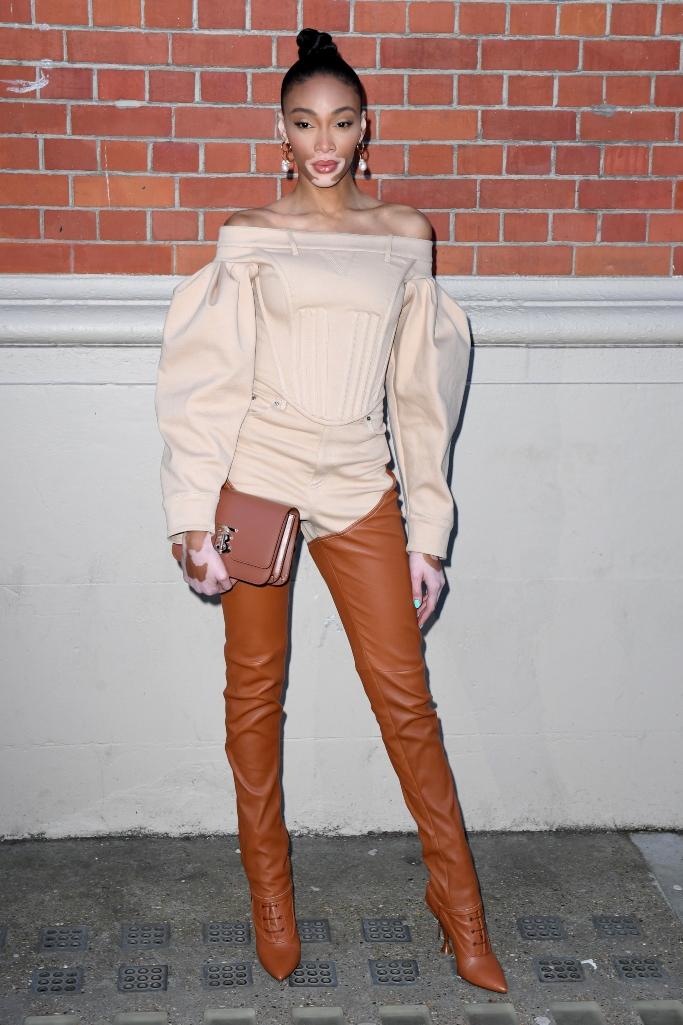 Winnie Harlow, burberry fall 2020, london fashion week