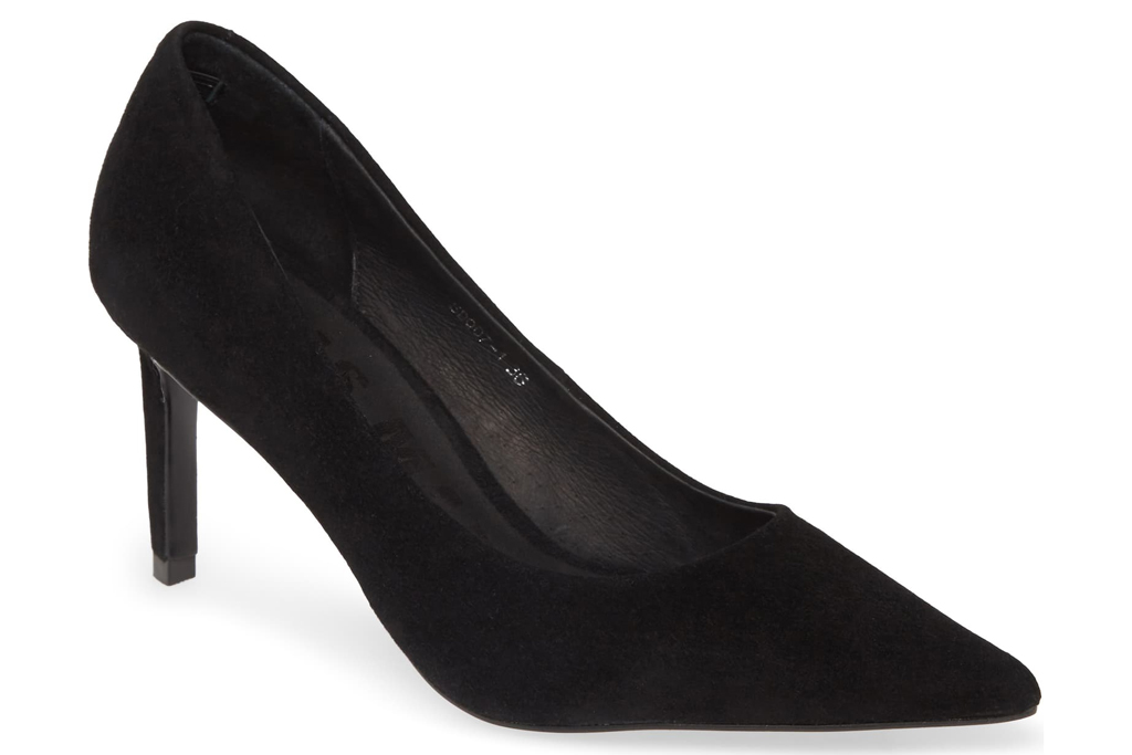 Alias Mae, pointed toe pumps
