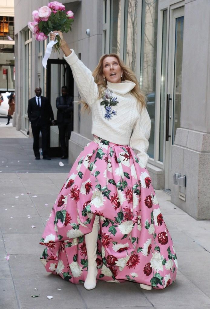 celine dion, pink, oscar de la renta, flowers, flora, white boots, new york