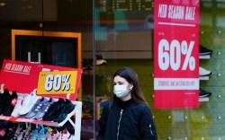 Shoppers coronavirus