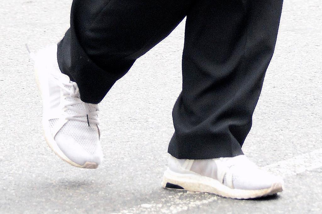 emily ratajkowski, new york, black suit, sneakers