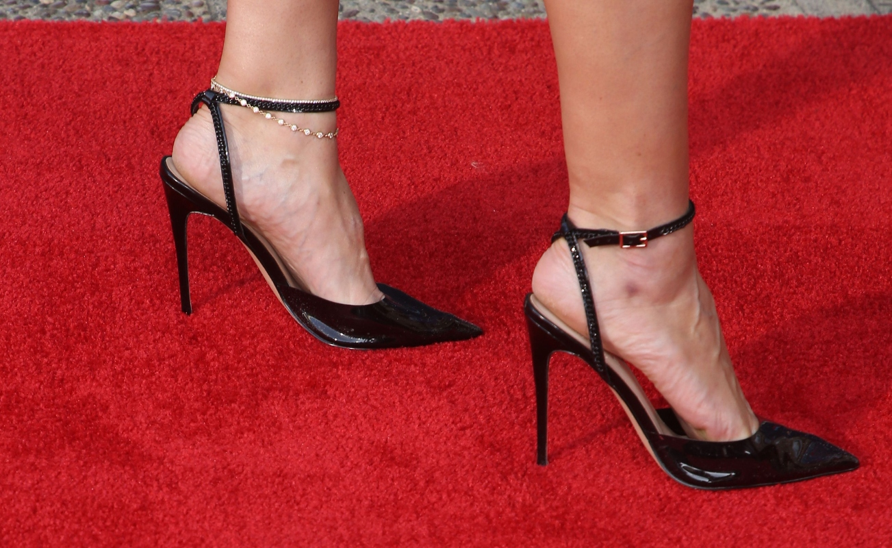 heidi klum, redepmtion, zebra, black sandals, red carpet, agt, americas got talent
