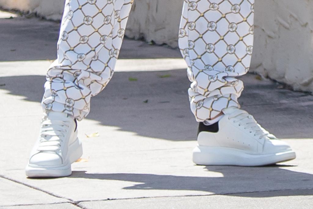 J-Lo, jennifer lopez, miami, sneakers, alexander mcqueen oversize sole trainers, miami, street style